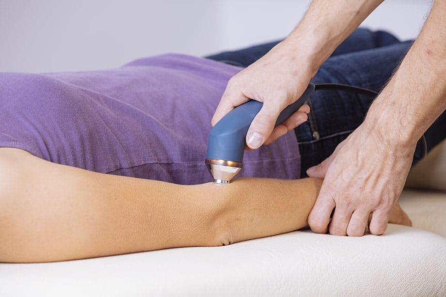 CORPORE praxis.training.vitality Penzberg Ultraschall Ellenbogen Patient